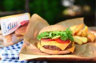 İçim Dilimli Burger Peynirli Ev Hamburgeri Tarifi