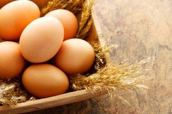 Yumurta haşlarken çatlamasını önlemek için ne yapmalı?