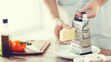Peyniri rendelemeden önce...
