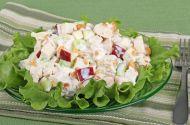 Yoğurt Soslu Elmalı Tavuk Salatası Tarifi