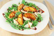 Izgara Şeftali Salatası Tarifi
