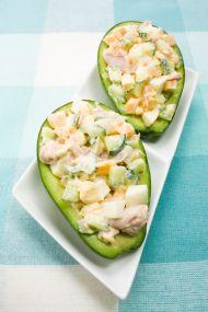 Avokadolu Tavuk Salatası Tarifi