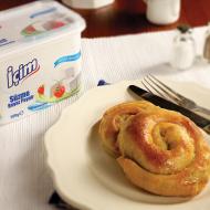 Süzme Beyaz Peynirli Gül Böreği Tarifi